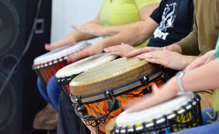 Мастер класс по игре на барабанах